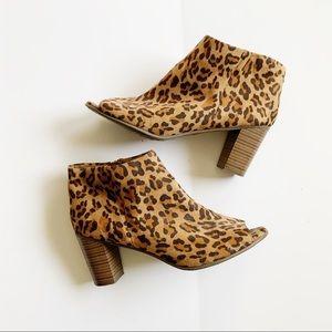 Breckelle's Leopard Print Peep Toe Heels 11
